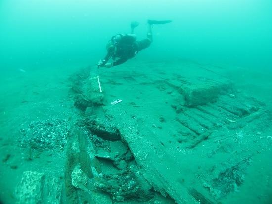 """Frederick """"Fritz"""" Hansel man underwater Achaeologist."""