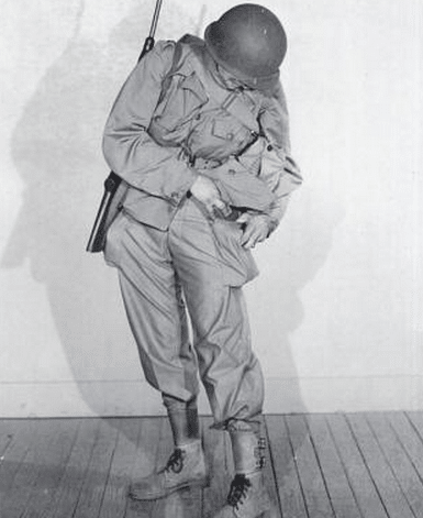 Wwii soldier uniform m1943 cargo pocket.