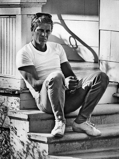 Steve McQueen, white t-shirt, vintage summer style