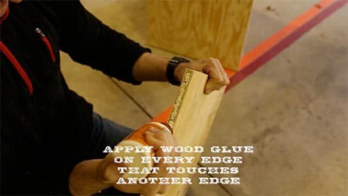 Applying Woodglue on Plywood.