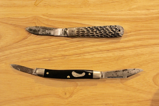 Vintage antique pocket knives before cleaning restoring.