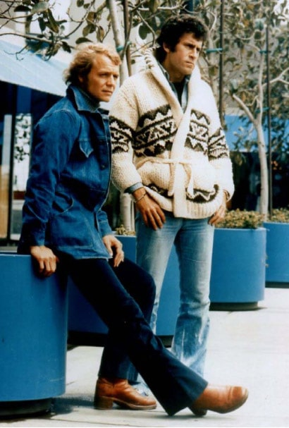 starsky and hutch wearing big cardigan