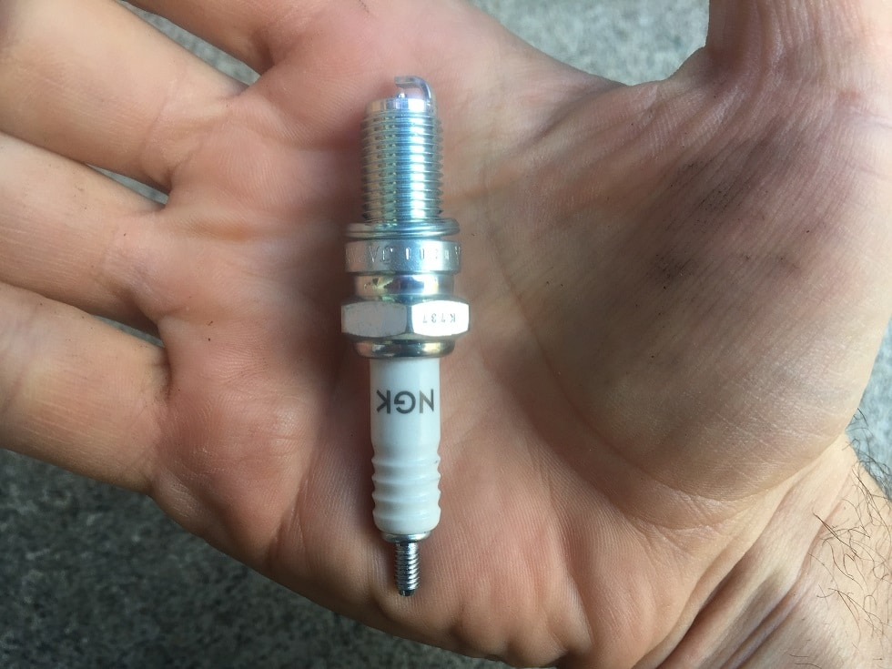 change motorcycle spark plug