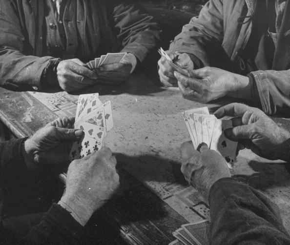 6 Card Games Everyone Should Know | The Art of Manliness