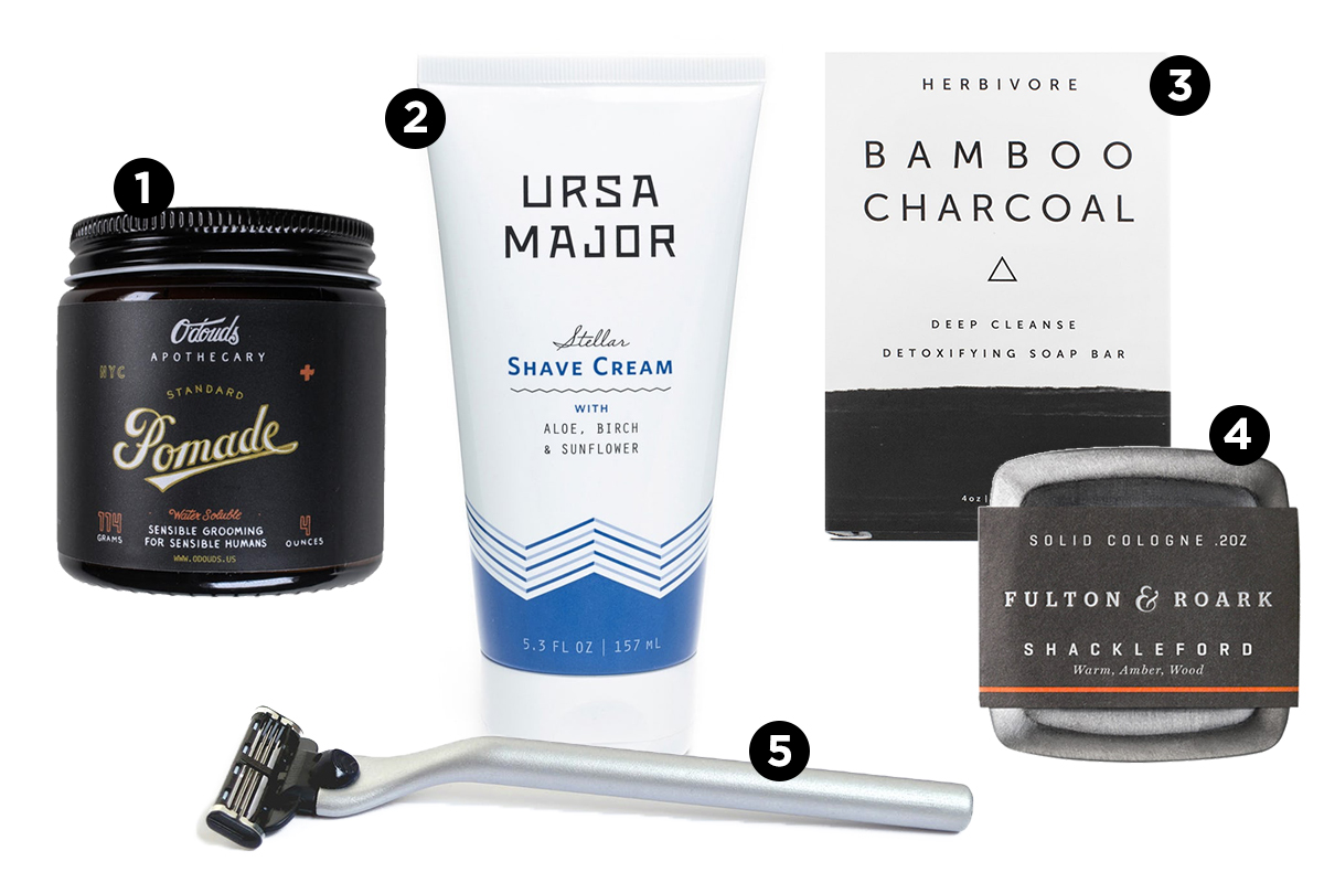 Shaving kit illustration.