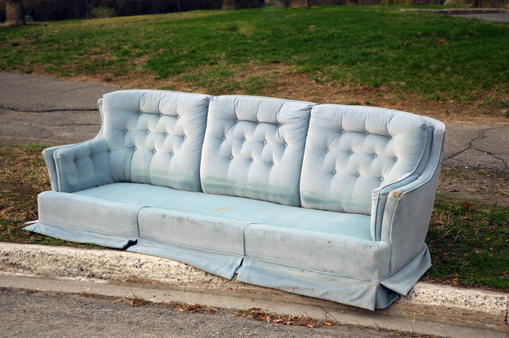 How To Get Rid Of Old Furniture And Large Items Of Trash