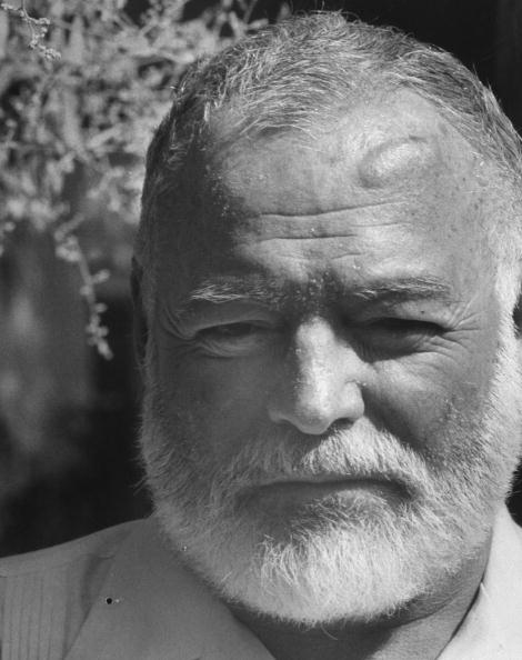 Ernest Hemingway black and white photo.