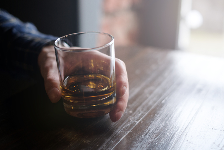 The Best Whiskey Glasses to Buy in 2019 | The Art of Manliness