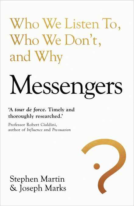 Book cover of Messengers by Stephen Martin.